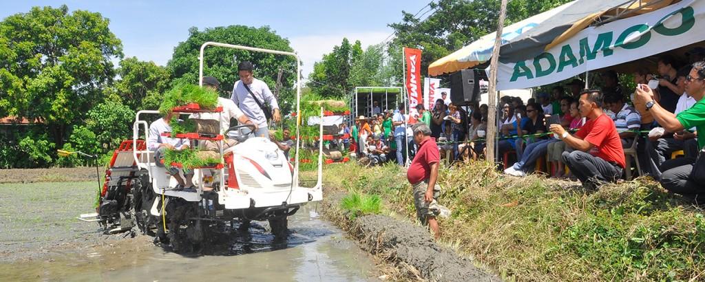 Yanmar VP6D Riding Type Rice Transplanter